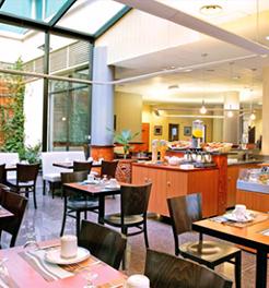 Park & Suites Elegance Lyon Gerland, France