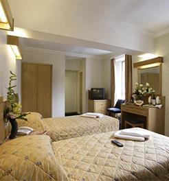 Hotel Royal National, Londra