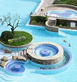 piscine termali esterne presso l'hotel Splendid di Abano Terme - Padova