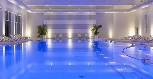 piscina termale interna dell'Hotel Universal Terme ad Abano Terme, Padova